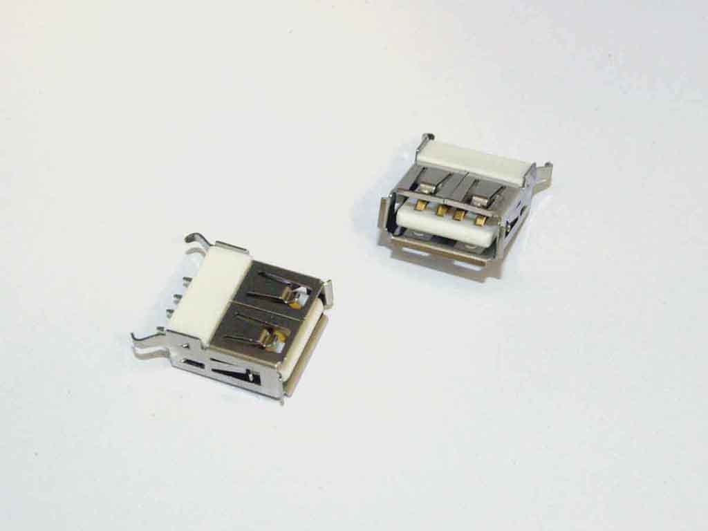 USB Type A 2.0 Vertical Straight  - BPOA-105